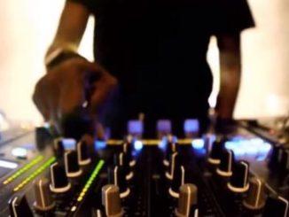 Dj Gino Panelli, Black Coffee Essential Mix Vol 29, Black Coffee, mp3, download, datafilehost, fakaza, Afro House 2018, Afro House Mix, Afro House Music