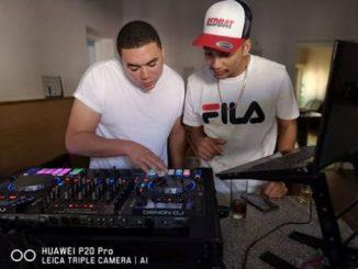 DJ FeezoL, DJ IceFlake, FeeziFlake ChapterFix (Heritage Day Special), mp3, download, datafilehost, fakaza, Afro House 2018, Afro House Mix, Afro House Music, House Music