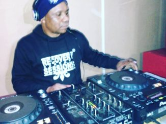 Dj Malebza, Tech Me Home Episode 14, Tech Me Home, mp3, download, datafilehost, fakaza, Deep House Mix, Deep House, Deep House Music, House Music, DJ PODCASTS, DJ MIX