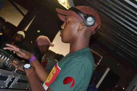 ThackzinDJ, Batter Days (Main Mix), mp3, download, datafilehost, fakaza, Afro House, Afro House 2019, Afro House Mix, Afro House Music, Afro Tech, House Music
